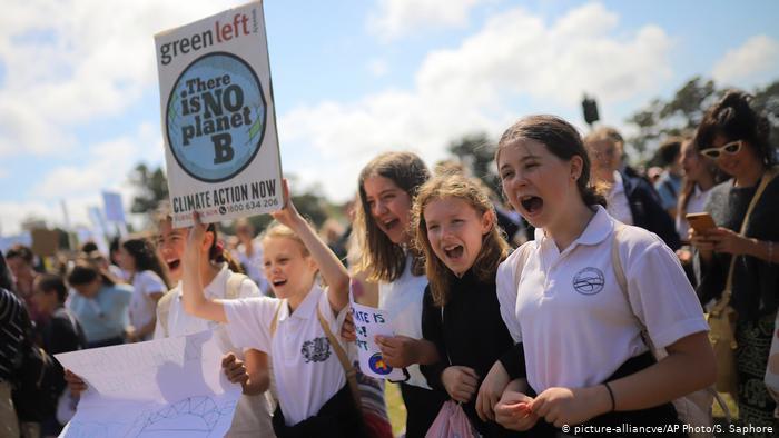 Jóvenes australianas también dicen: No a la mina