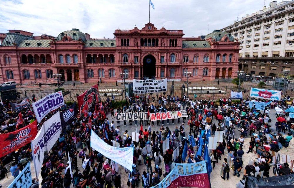 ¿La dirigencia argentina vive en otro país?