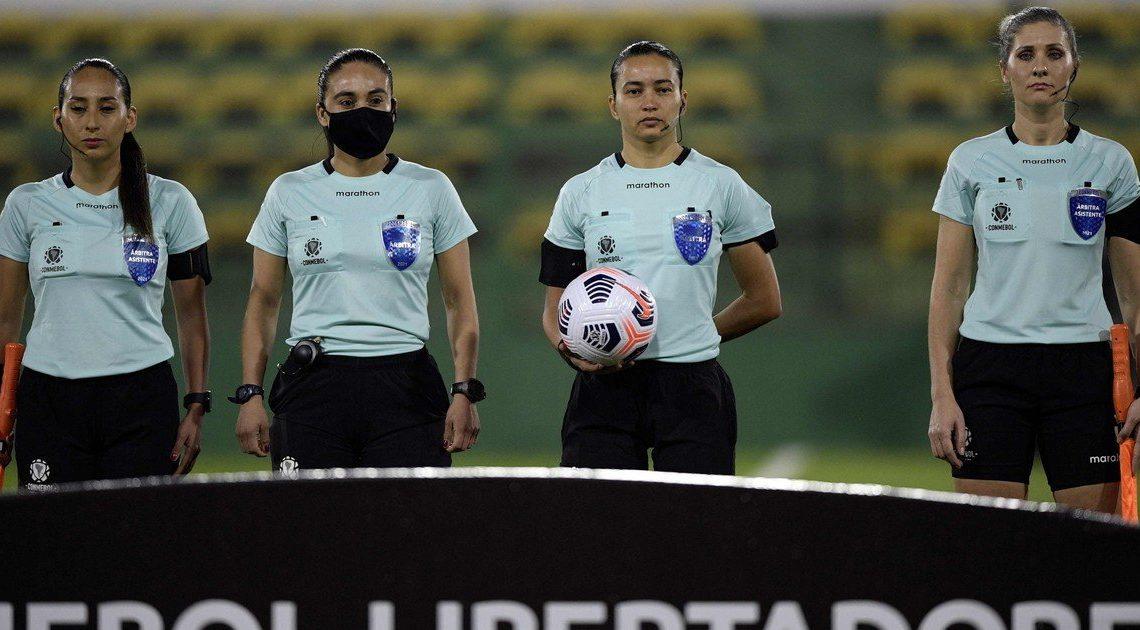 Noche de Copas: Vélez y Defensa empataron por la Libertadores. En la Sudamericana, Lanús empató y Arsenal clasificó de milagro luego de ganar.