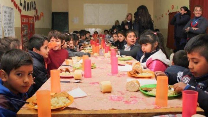 Los desayunos escolares de Larreta y Perotti