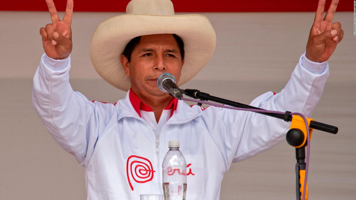 Sobre el cierre del conteo de votos Pedro Castillo pasa adelante en las elecciones del Perú