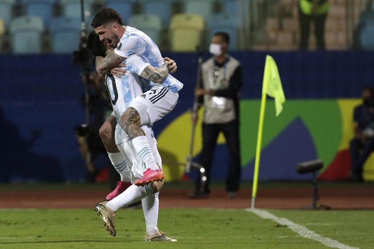 Argentina le ganó a Ecuador y se metió en las semifinales